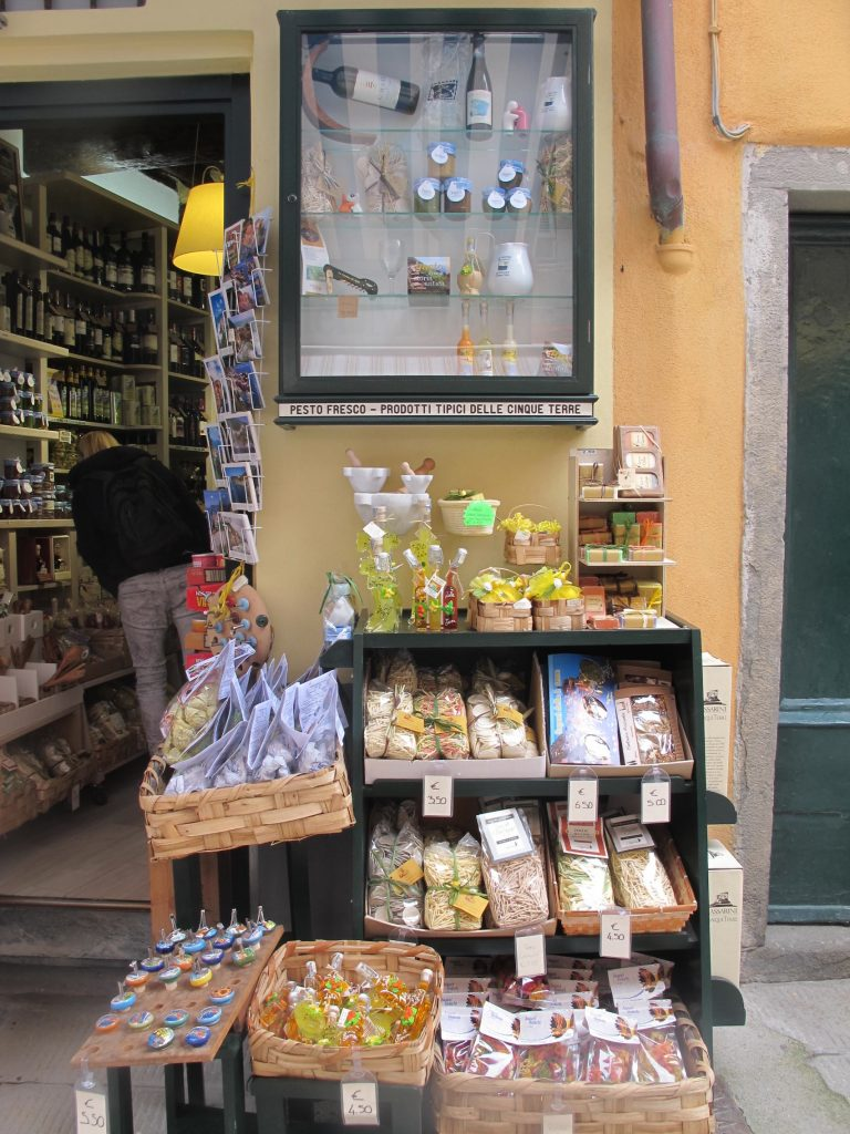 Display layout Cinque Terre Italy