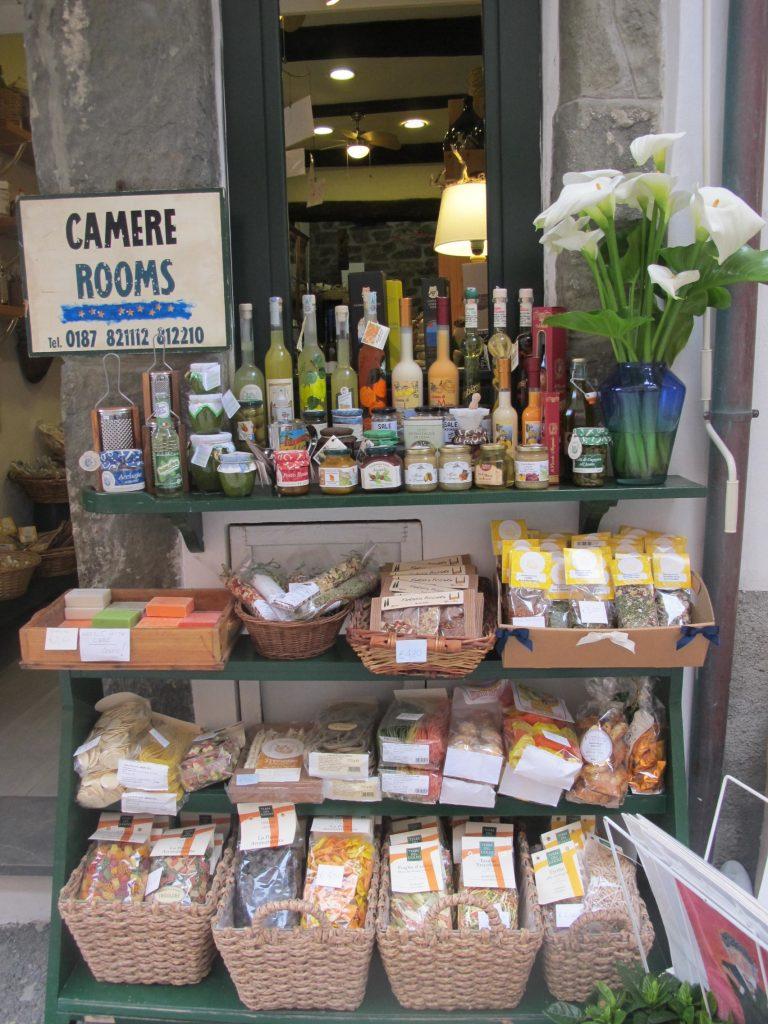Layout Display Cinque Terre Italy