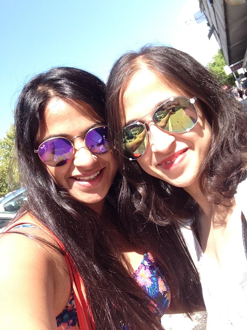 Sisters colour shades Croatia sunny