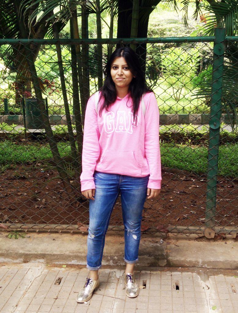 Sweatshirts and Boyfriend Jeans : Comfort Fashion