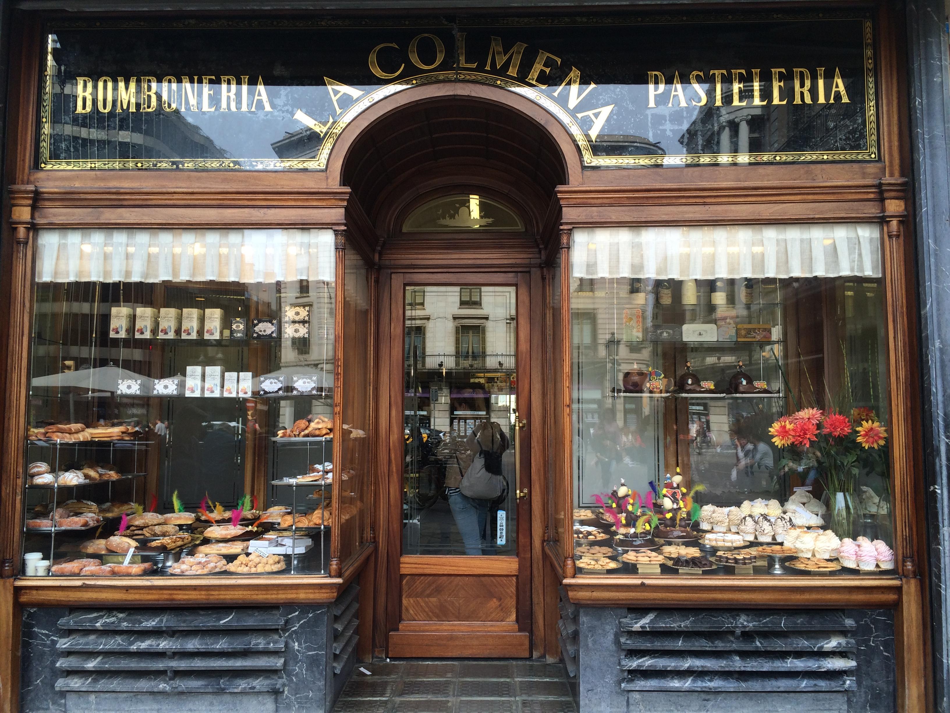 Barcelona Bomboneria La Colmena pastry cake food