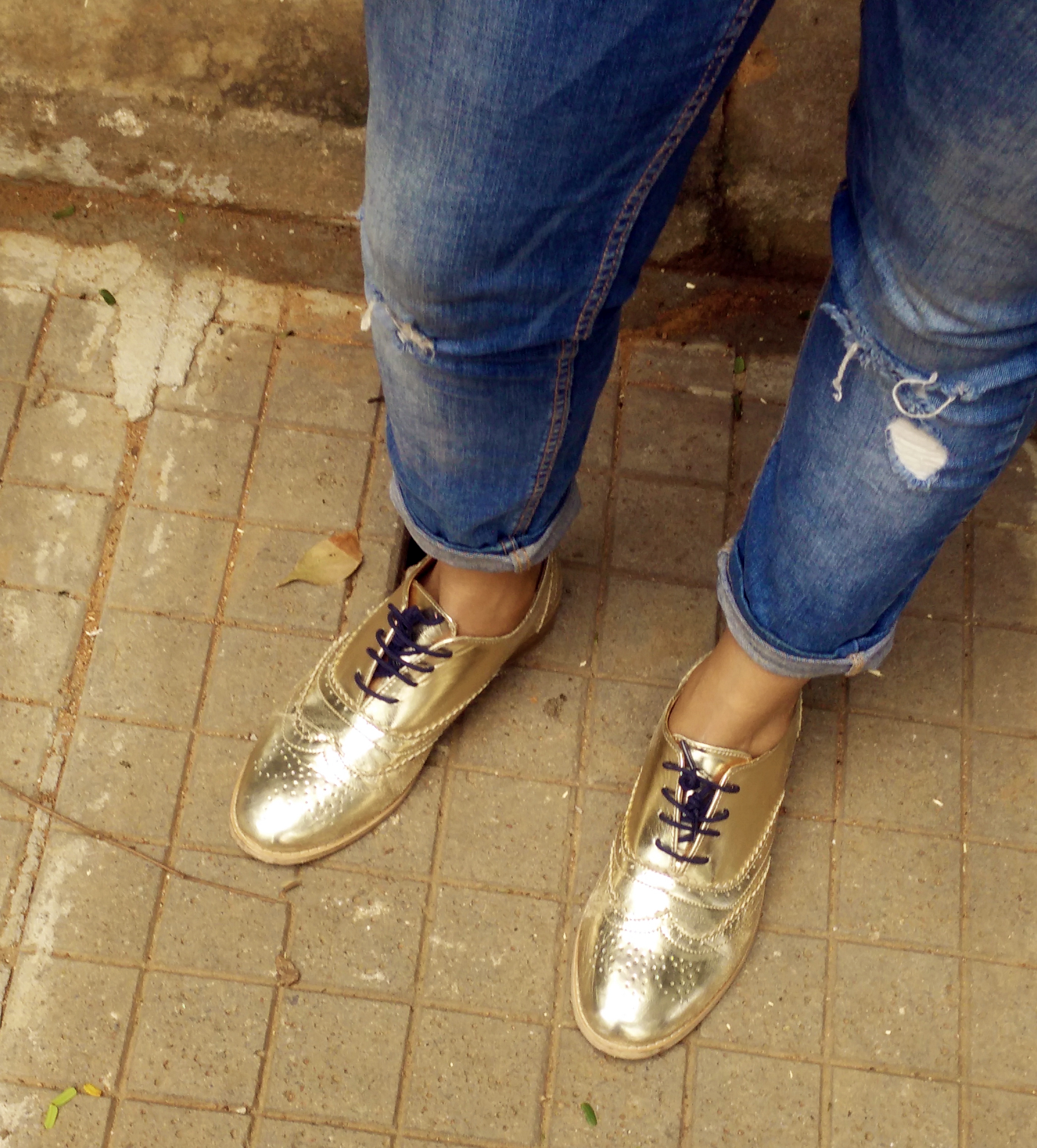 gold-brogues-fashion-and-frappes