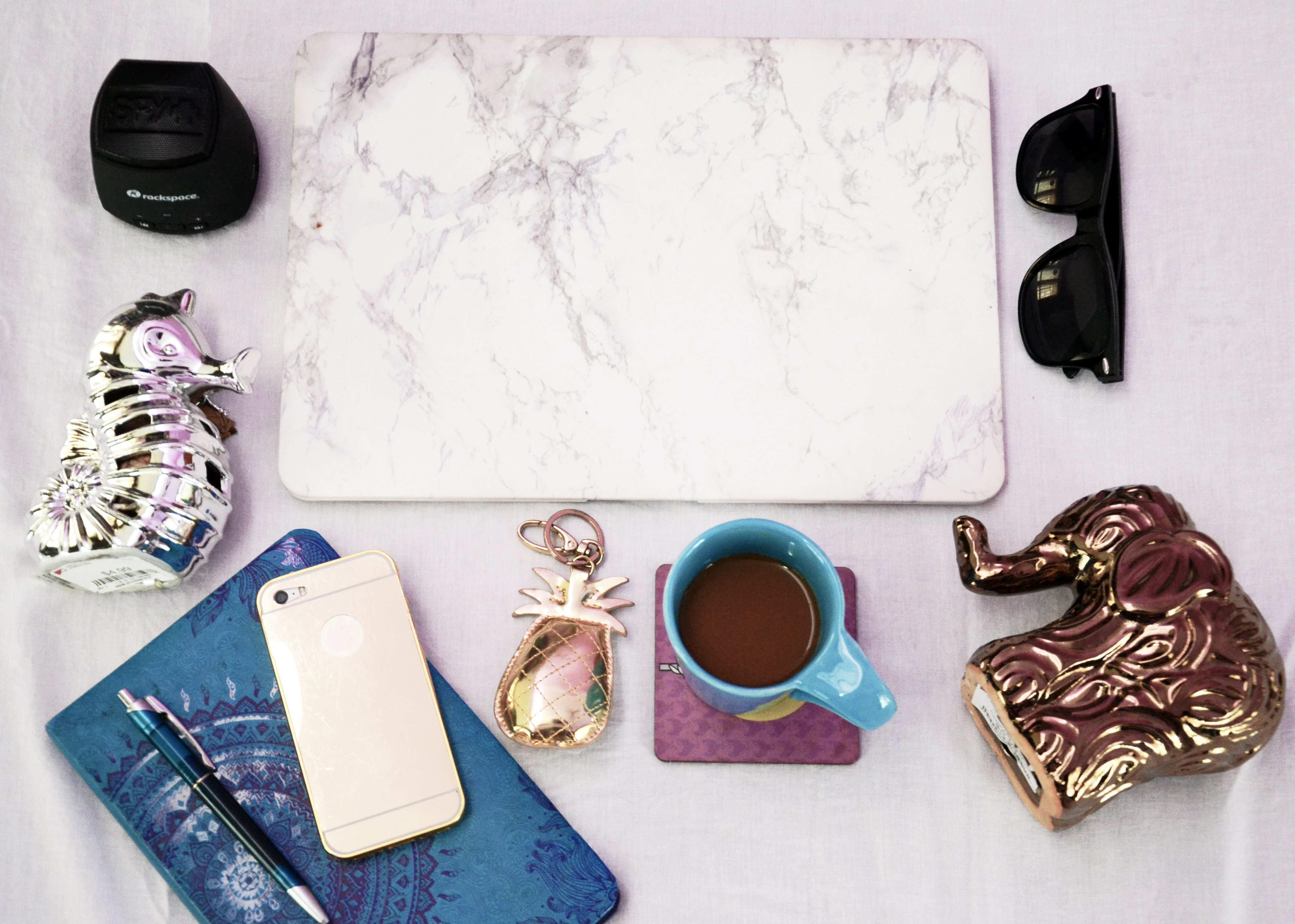 Marble_laptop_case