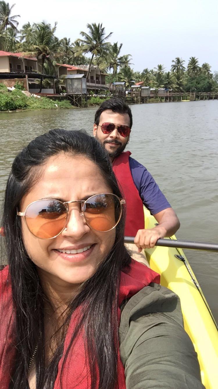 goan selfie on the kayak