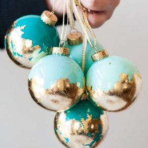 Easy-DIY-Holiday-Decor
