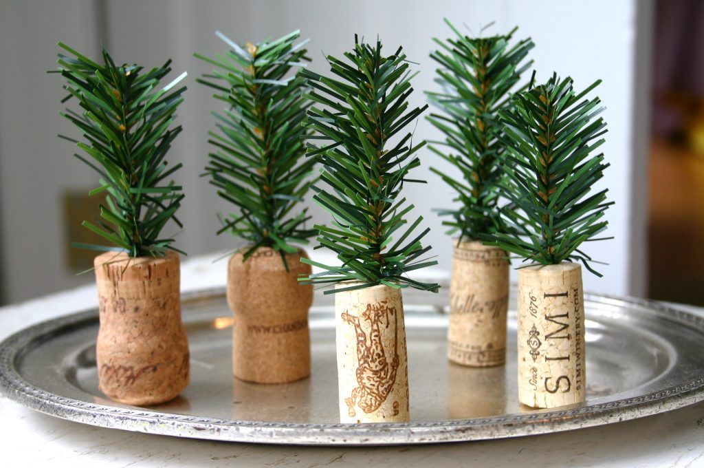 Easy-DIY-Holiday-Decor