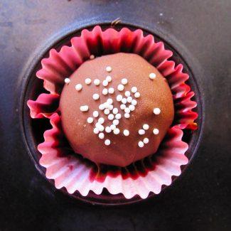 Chocolate Rum Balls (Rum Truffles) – Holiday Baking