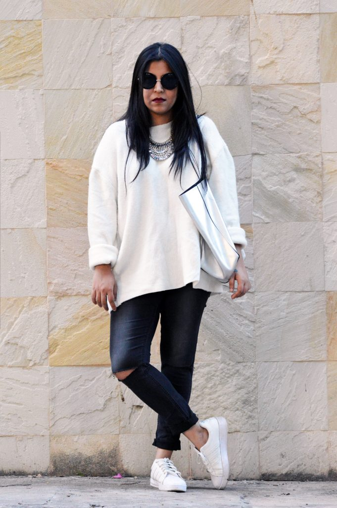 white oversized sweater - ripped jeans - white sneakers