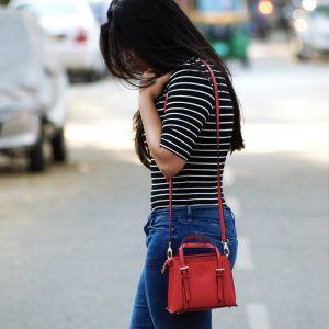 Small red bag_fashion and frappes