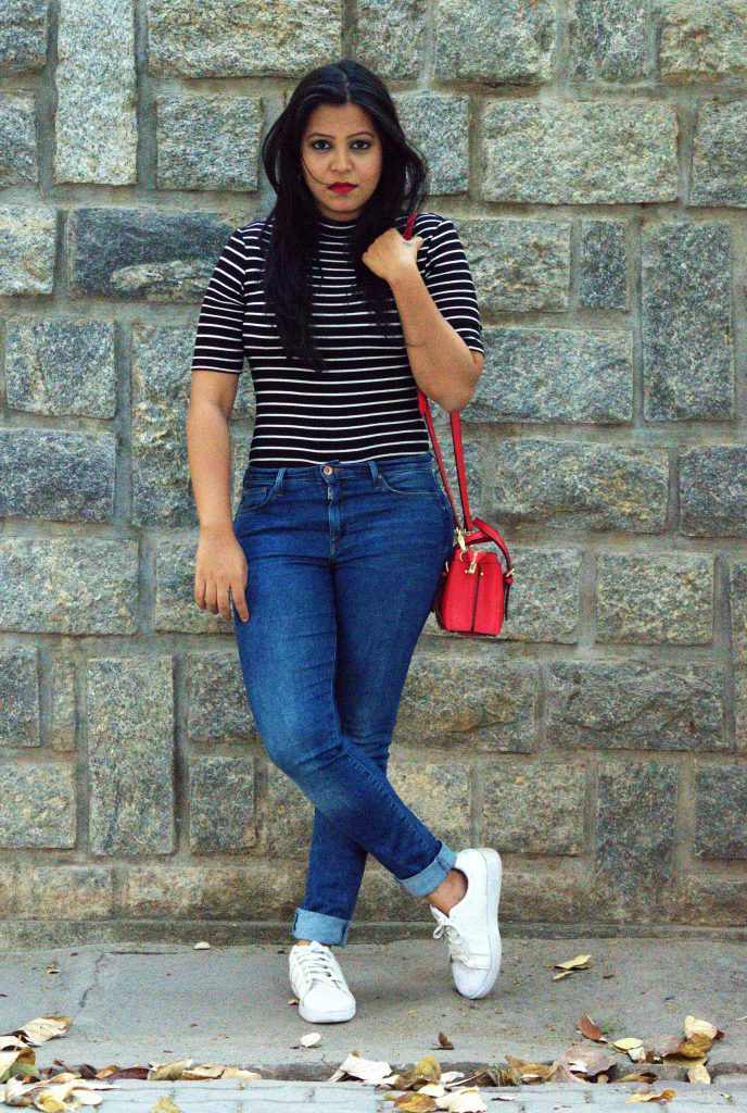 Small red bag outfit_fashion and frappes