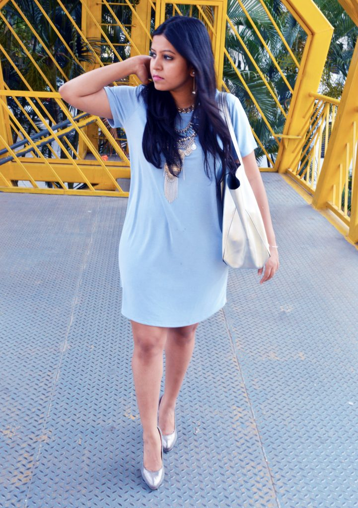 Summer outfit-tshirt dress- fashion and frappes