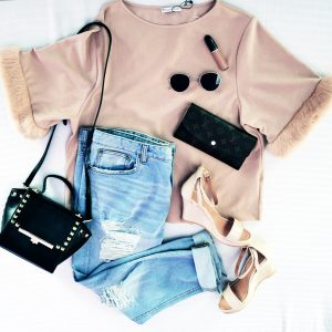 Sale shopping- fashion and frappes