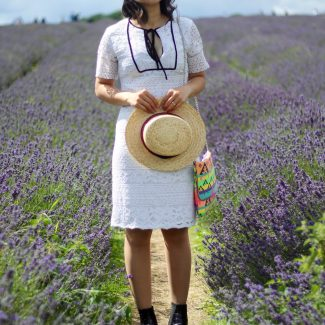 Mayfield Lavender Fields: Lace White and Purple