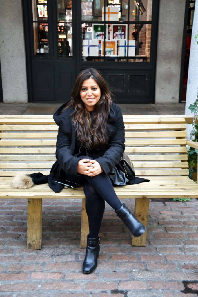 all black Winter outfit - fashion and frappes