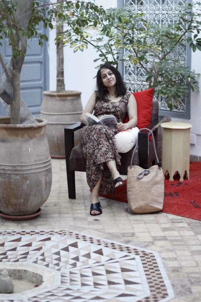 Long black maxi dress riads of Morocco